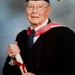 Bertie Gladwin the oldest graduate in the UK
