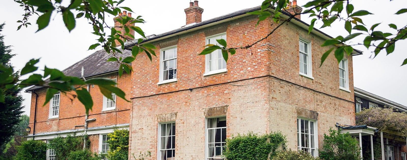 the lawn care home hampshire