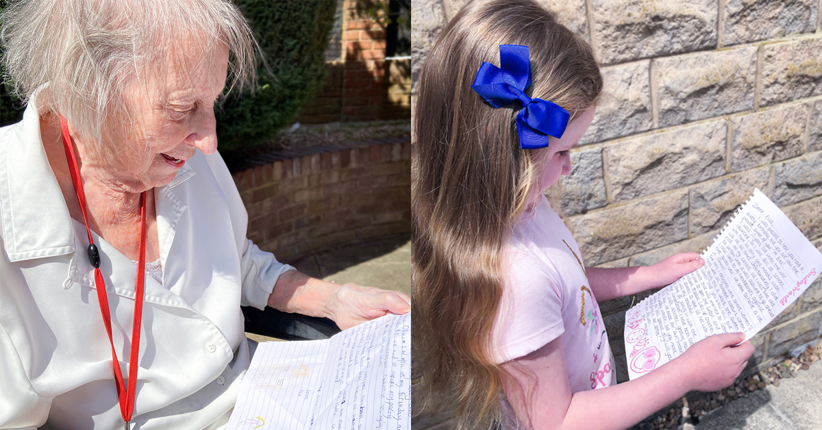 Madge and Ella reading letters